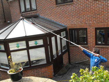 Conservatory Roof Cleaning by Jellyfish Window Cleaning